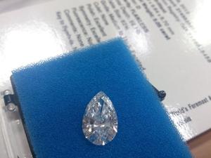 D-FLのペアシェイプダイヤモンド5.05ct