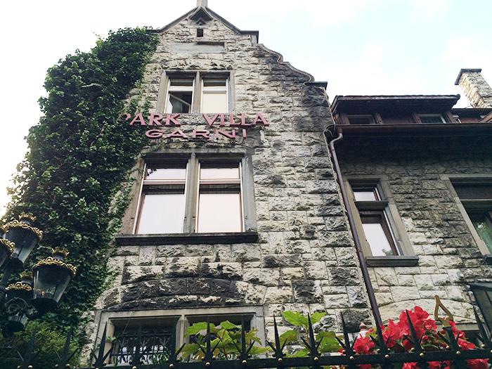 BROOCH新潟スイス旅フラージャコーのアトリエ見学に店長斎藤いきました。鍛造製法のマリッジリング老舗