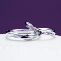 新潟で俄NIWAKAniwakaのuizakura初桜の結婚指輪を探すなら県内最大級の品揃えのBROOCHブローチへピンクダイヤモンドが美しいリングです