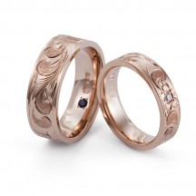 世界に一つだけの組み合わせを選べるハワイアンジュエリーの結婚指輪はMAKANA