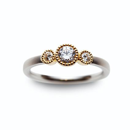 ロゼット エンゲージ婚約指輪