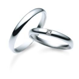 サムシングブルーはマザーグースのジンクスをモチーフにしたブランド、シンプルな結婚指輪を選ぶなら