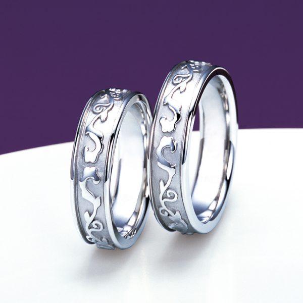 全周デザインのかっこいい結婚指輪