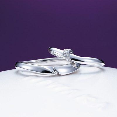 俄の美しく使いやすいシンプル目な結婚指輪は結人と違うデザインをお探しの方にもおすすめ
