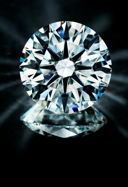 ダイヤモンドを思う方向に焼き切る事が出来る