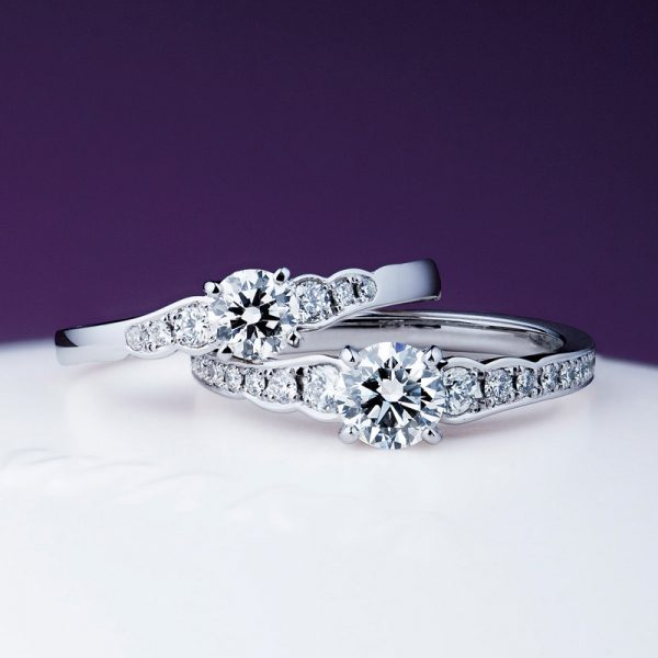 新潟で人気の結婚指輪と婚約指輪 BROOCH 俄(にわか) | オシャレジュエリーNIWAKA 花の名前エンゲージリング花麗(はなうらら)
