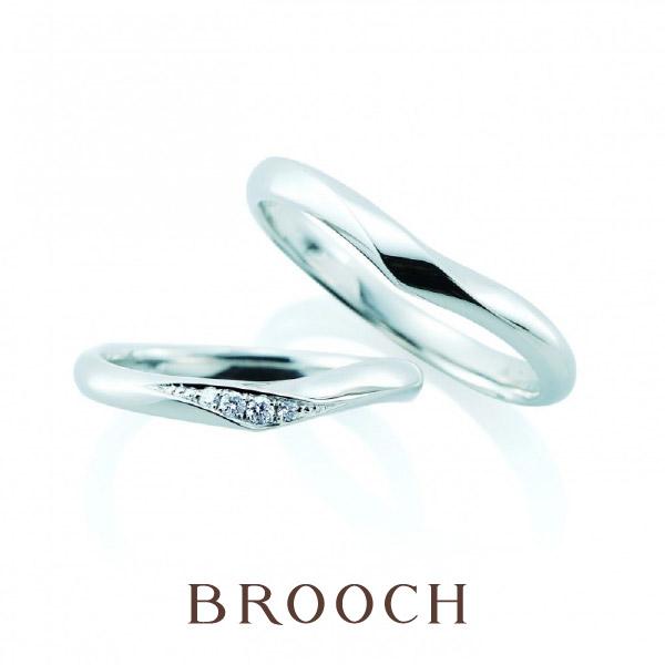 シンプル可愛い人気デザインダイヤモンドがさりげなく綺麗な結婚指輪はカフェリングのリリィ