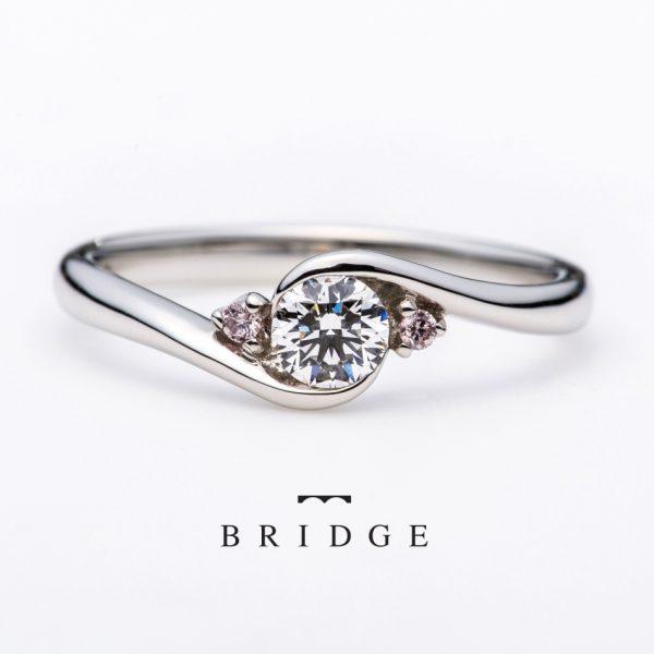ピンクダイヤモンドがお好きな方は新潟の婚約指輪エンゲージリングが人気