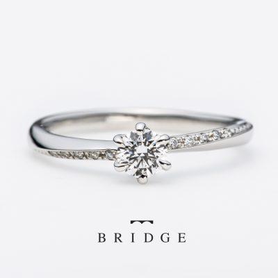 新潟の婚約指輪エンゲージリングをお探しなら正統派デザインのブリッジがおすすめ