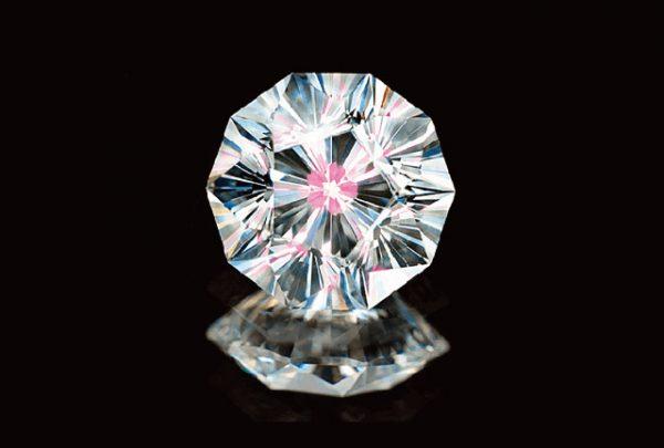 さくらダイヤモンドが綺麗な杢目金屋