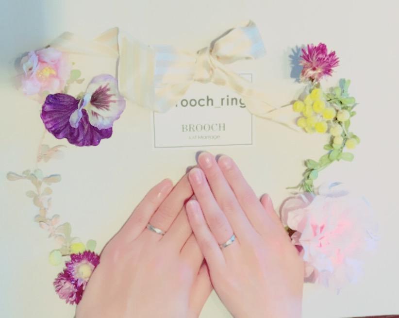 デザインの見た目が気に入り決定!おふたりはEuro Wedding Bandの結婚指輪をお持ちいただきました