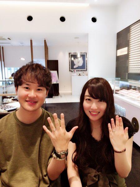 杢目金屋いい笑顔素敵な結婚指輪とお客様