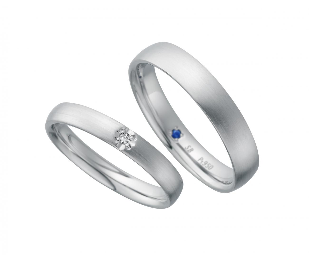 サムシングブルーのシンプルなプラチナリングは新潟の花嫁に人気