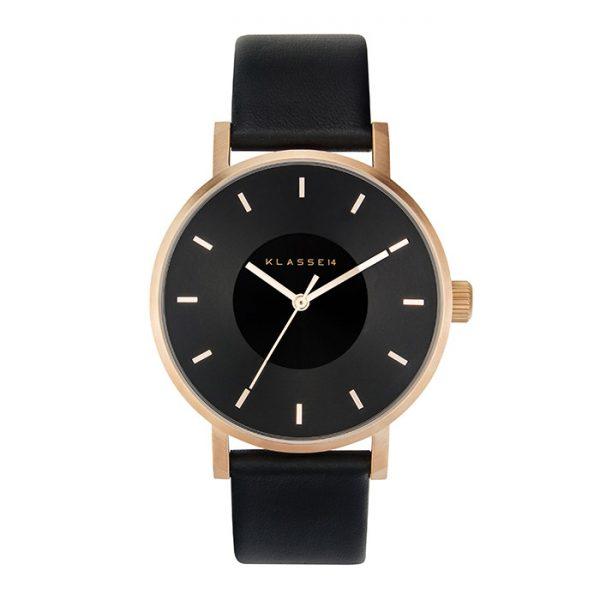 人気のおしゃれ腕時計といえばクラス14のファッションウォッチ着けやすさとカジュアルな雰囲気が話題