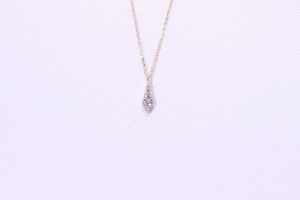 JSKYのダイヤモンドがきらめくネックレスはおしゃれ可愛いデザイン