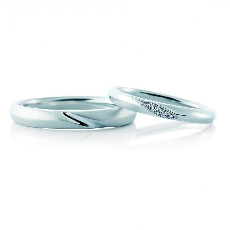 シンプルかわいいcafe ringの結婚指輪