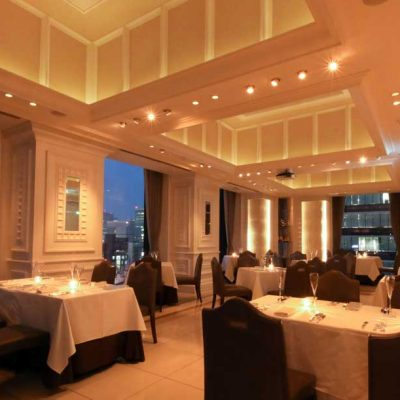 プロポーズは王道のレストランで箱パカにきまり!オシャレで美味しいレストランならルシェクリ