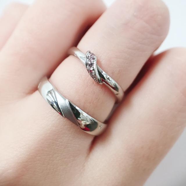 結婚指輪 マリッジリング 婚約指輪 エンゲージリング セットリング 新作 雪割草 花
