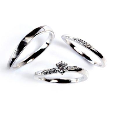 細身でかわいいウェーブのデザイン婚約指と結婚指輪のセットリング探すならBROOCHのロゼット