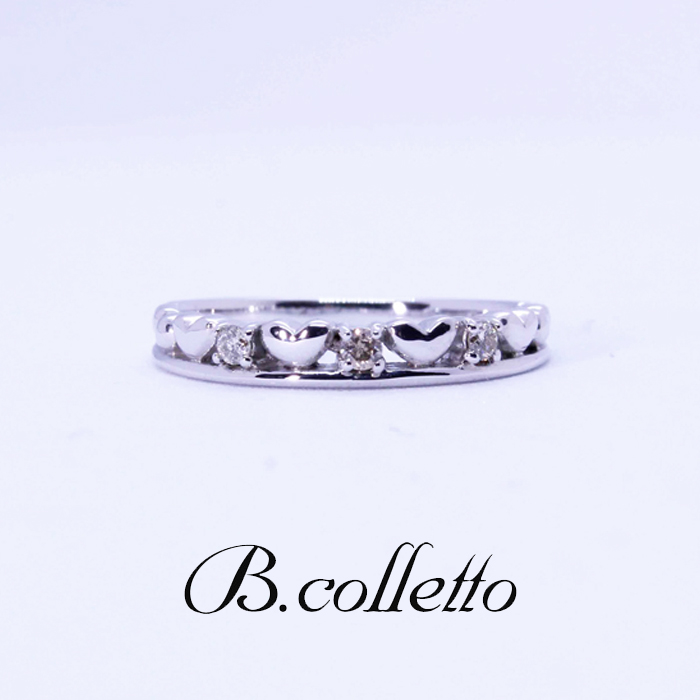 B.colletto heart pinky ring