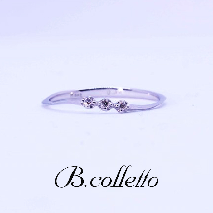 B.colletto 3連ダイヤピンキーリング