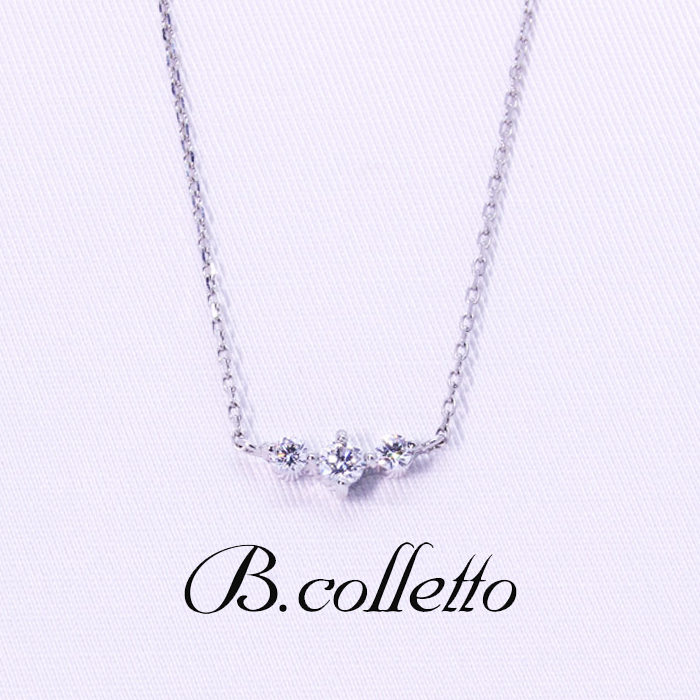 B.colletto 3連ダイヤネックレス
