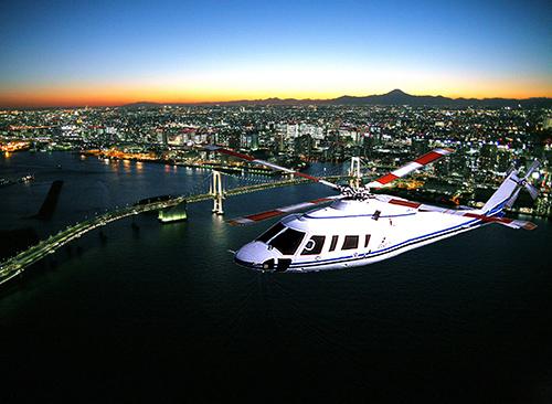 新潟でプロポーズ エクセル航空 ヘリコプタークルージング