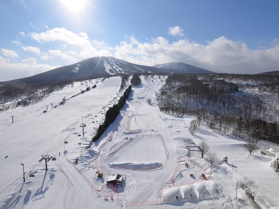 雪の美しいこうげんでもサプライズプロポーズをするなら岩手県の安比高原スキー場