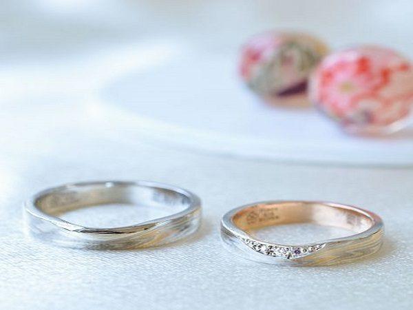 新潟で人気で美しい杢目模様が特徴、杢目金屋の結婚指輪