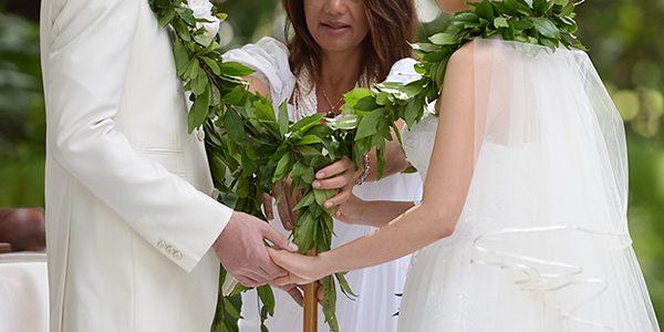 ハワイで挙式ハワイアンジュエリーの結婚指輪婚約指輪はMAKANA