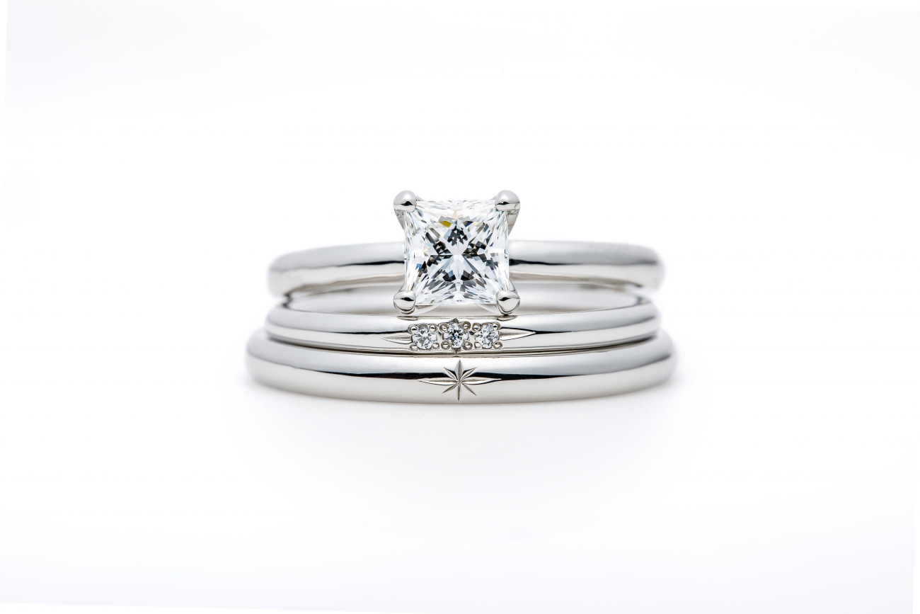 """Asterism Princess"" Three Stone Diamond Ring Set"