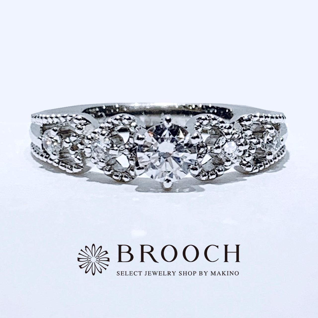 BROOCH 婚約指輪 エンゲージリング プリンセス風デザイン