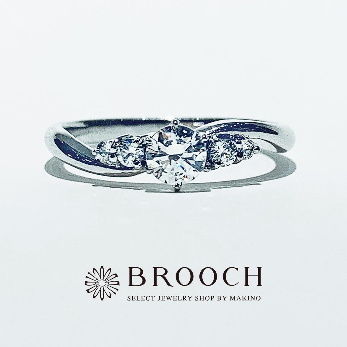 BROOCH 婚約指輪 エンゲージリング かわいい 両サイドメレウェーブデザイン