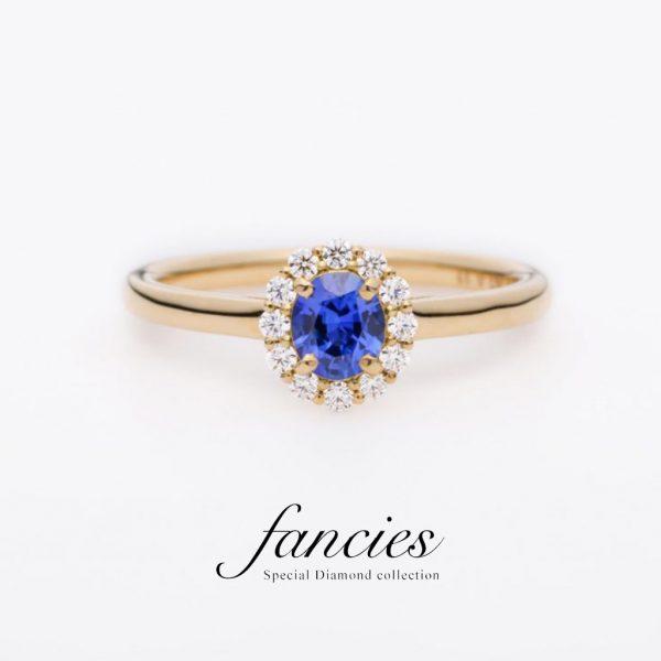 神秘的なブルーが魅力のサファイヤの婚約指輪(エンゲージリング)が欲しい方はBROOCH(ブローチ)へ