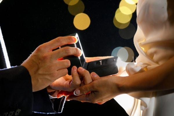 ダイヤモンドでプロポーズしよう