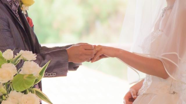 結婚指輪,新潟,ダイヤモンド,鍛造,ドイツジュエリー,クリスチャンバウアー,ウェディングバンド,マリッジリング,鍛造指輪,スレート,太い指輪,ブローチ