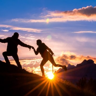 サプライズプロポーズは新潟にわか俄(にわか)niwakaの朝日がモチーフになった婚約指輪(エンゲージリング)を贈ろう