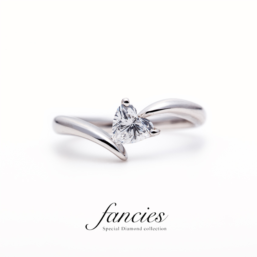 Diamond Heart Shape Wave Ring