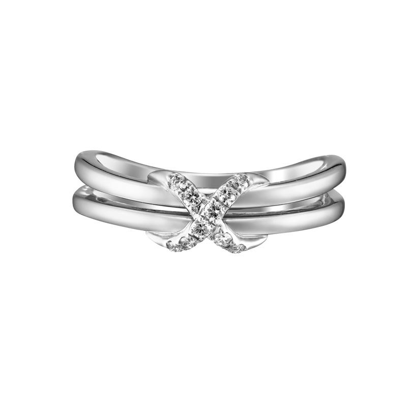 新潟でsweet 10 diamondのアニバーサリージュエリーで指輪を選ぶならBROOCHがおすすめ。BROOCHはsweet 10 diamondの正規取扱店です。