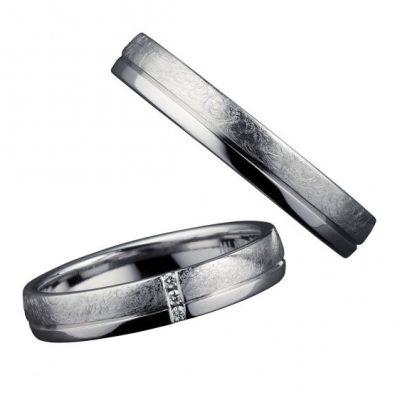 海外ブランドで和紙をイメージしたマットなデザインがかっこいいユーロウエディングバンドの結婚指輪