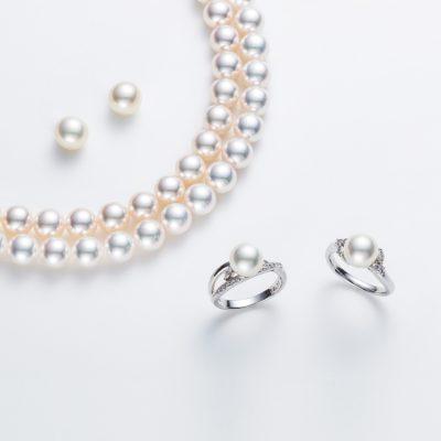 新潟できれいな真珠のネックレスを探すならブローチ