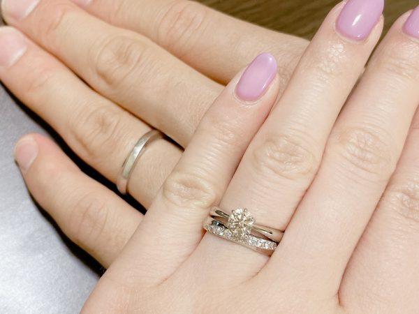 選んだのはダイヤモンドの輝きが美しい結婚指輪