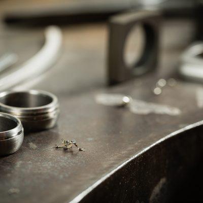 安心な鍛造の結婚指輪
