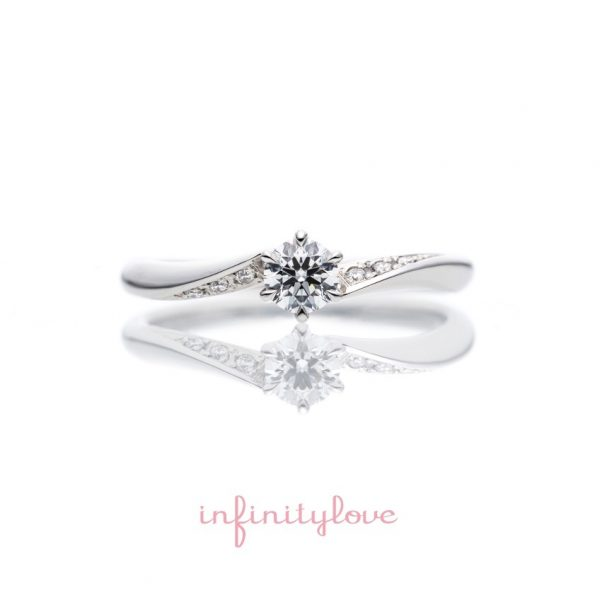 ウエーブが綺麗な婚約指輪