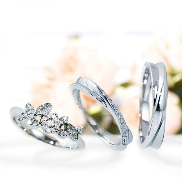 華やかな薔薇の婚約指輪