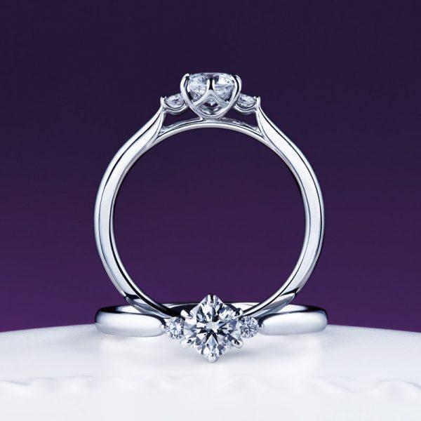 かわいい婚約指輪は白鈴